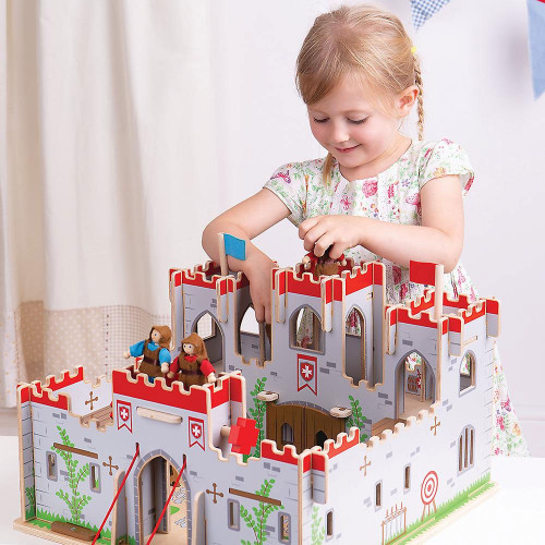 Bigjigs King George's Castle (Guards figures are not included)