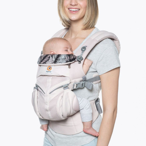 Ergobaby Omni 360 Cool Mesh - Maui - front parent facing