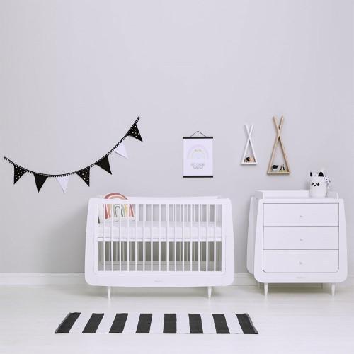 Snuz Nursery Bunting - Black & White Polka Dot