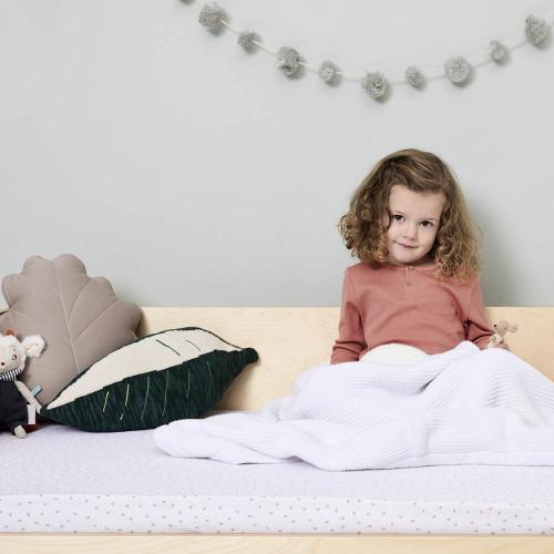 Little Green Sheep Organic Knitted Fleece Baby Blanket - White