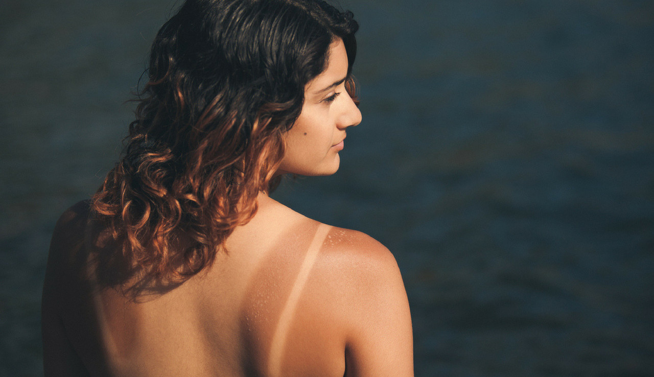 7 Simple Tricks to Even Out Tan Lines