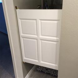 Single Colonial Cafe Doors- Installed Bathroom Doors