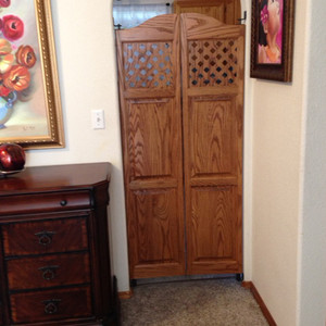 Swing Doors vs. Accordion Door: What's the Best Option?