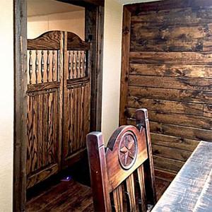 How to Position Saloon Doors in the Doorway