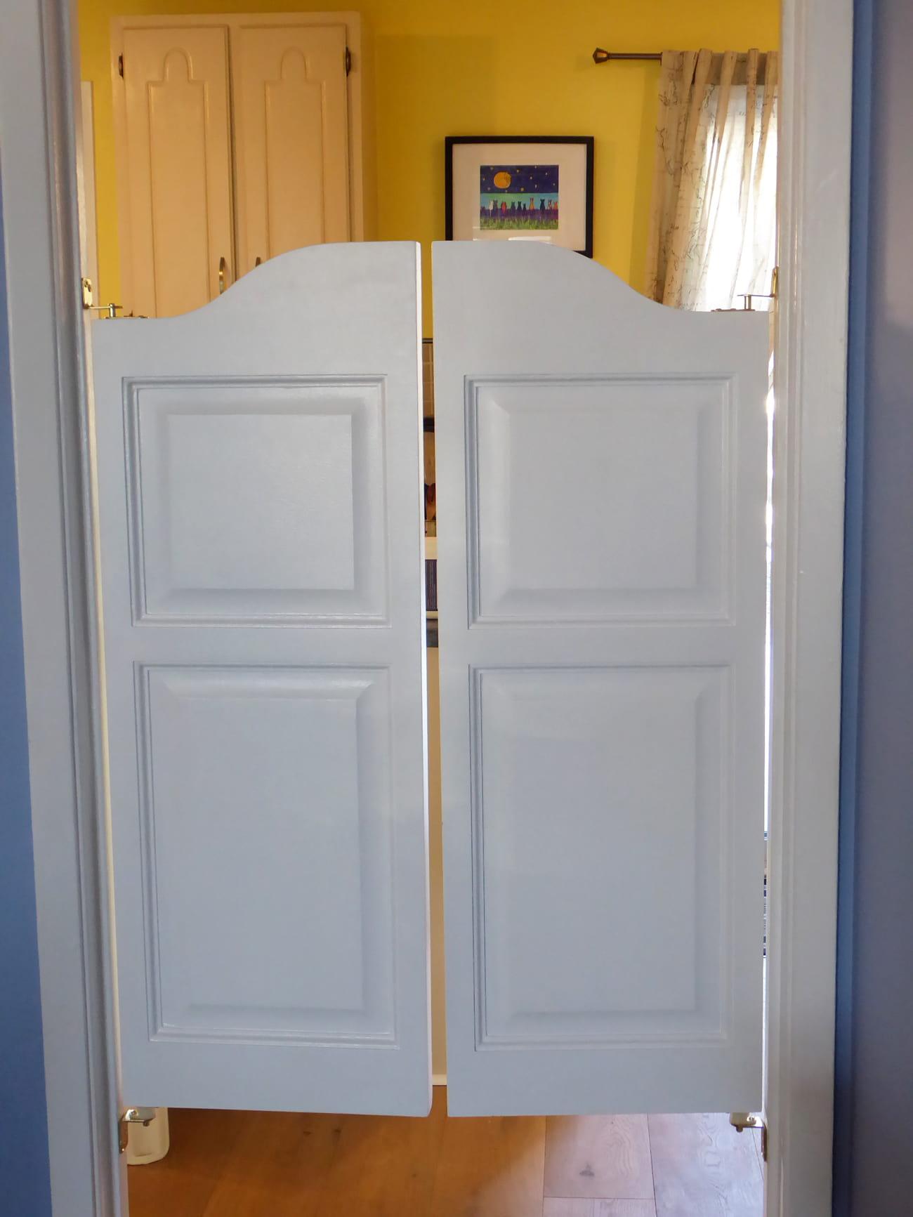 Double Swinging Arch Top Raised Panel Saloon Doors