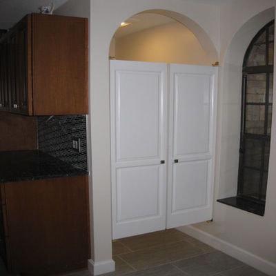 Colonial Saloon Doors- Water Closet