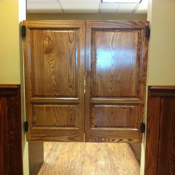 Colonial Raised Panel Saloon Doors