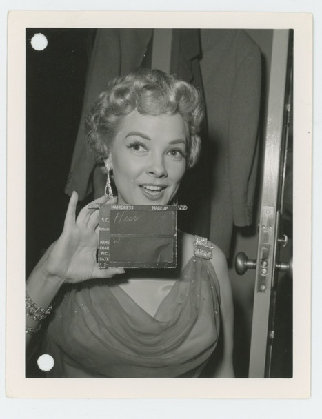 KATHRYN GRAYSON (1953) 28398 Warner Brothers Studio Wardrobe Test Gelatin Silver Photograph (4x5) Very Good Condition