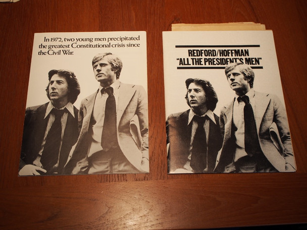 ALL THE PRESIDENT'S MEN (1976) 19115 Warner Brothers Original West Coast Premiere Presskit with 9 studio photographs and envelope  Very Fine Condition