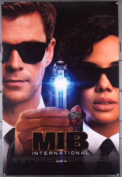MEN IN BLACK: INTERNATIONAL (2019) 28584   CHRIS HEMSWORTH   TESSA THOMPSON Columbia Pictures Original U.S. One-Sheet Poster  Rolled  Very Fine