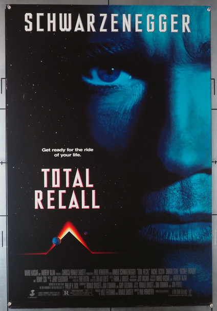 TOTAL RECALL (1990) 3694   Arnold Schwarzenegger Movie Poster Original U.S. One-Sheet Poster  (27x39.75) Rolled  Fine Plus Condition
