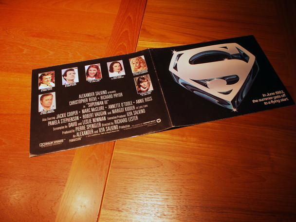 SUPERMAN III (1983) 29611  Special Promotional Brochure for Theaters  Very Fine Condtion  Unusual and Scarce Warner Bros Special Promotional Brochure for Theaters   9 3/4  x  12 3/4  Folded  Very Fine Condition