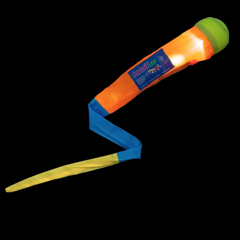 FOXTAIL LED (LIGHT UP) THROW AND CATCH TOY / GAME