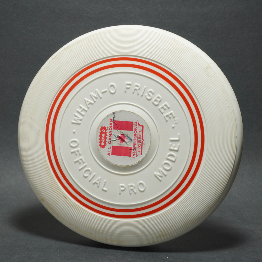 Classic Wham-O Pro Model Raised Letter Canadian w/ Label