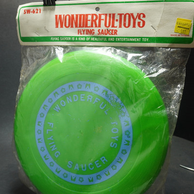 Wonderful Toys-Flying Saucer Packaged
