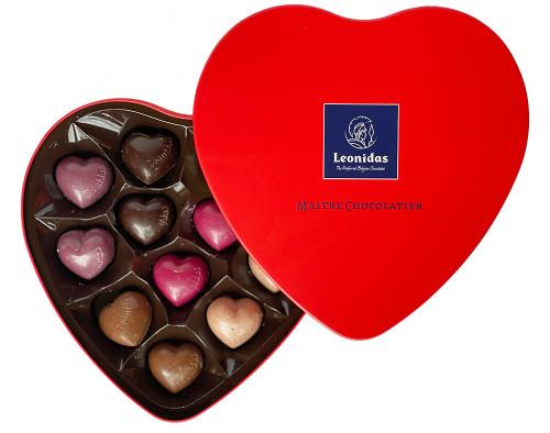 Tin Heart with 12 Chocolate Hearts