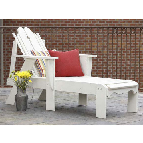 Pine Chaise Lounge Chair in the Nantucket Collection from Uwharrie Chair Company In White