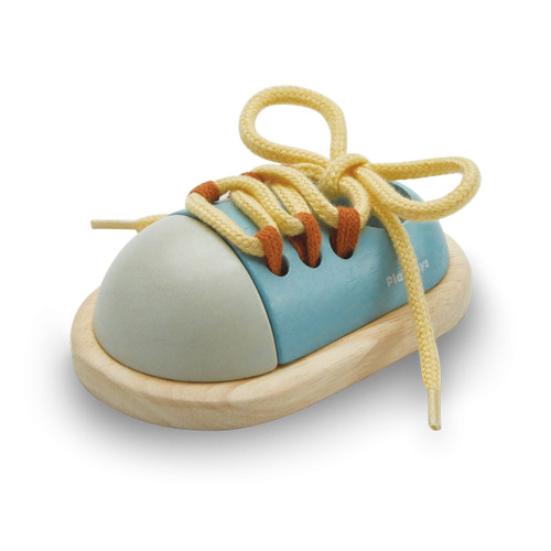 Wooden Practice Tie Shoe