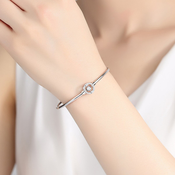 S925 sterling silver fashion lady bracelet with geometric shape inlaid with 3A grade zircon