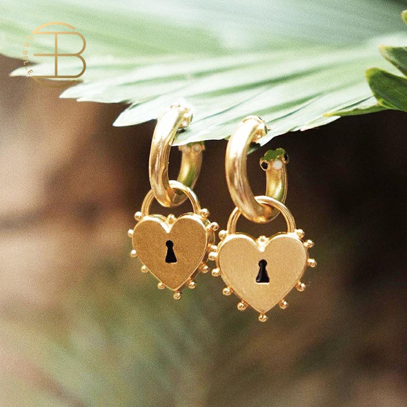 2020 New Fashion Gold Color Irregular Chunky Loop Lock Shape Heart Charm Small Hoop Earrings For Women Female Gold Earring