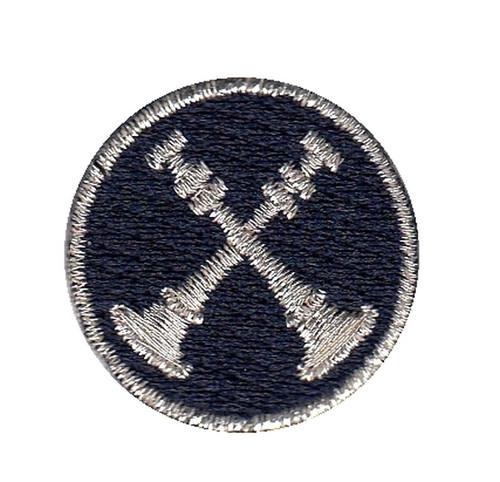 """Captain, 2 Crossed Bugles, Collar Insignia, 1"""" Circle"""