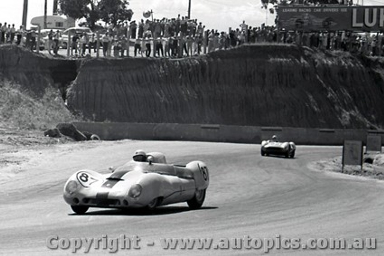 61534 - Frank Matich Lotus 15  - Hume Weir - 13th March 1961 - Photographer Peter D Abbs