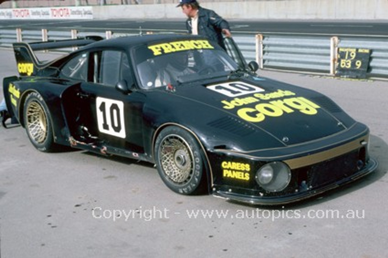78044 - Rusty French  Porsche - Adelaide  1978  - Photographer Peter Green