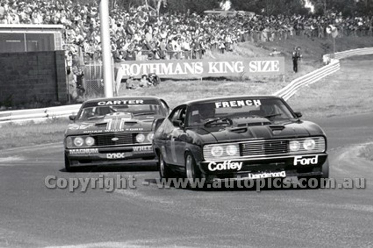 79056 - R. French / G. Moore & M. Carter Ford Falcon XC Hardtop - Sandown Hang Ten 400 9th September 1979 - Photographer Darren House