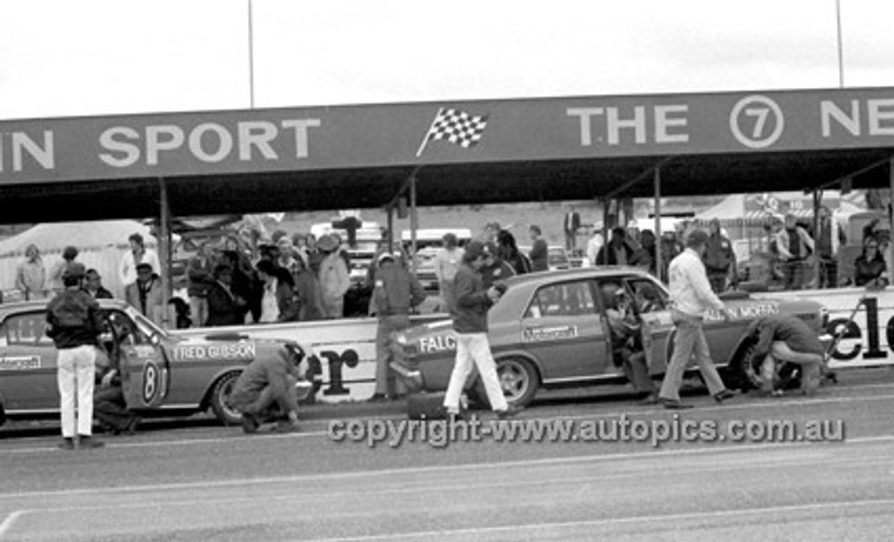 72753 - Fred Gibson & Allan Moffat, Falcon XY GTHO - Bathurst 1972- Photographer Lance J Ruting
