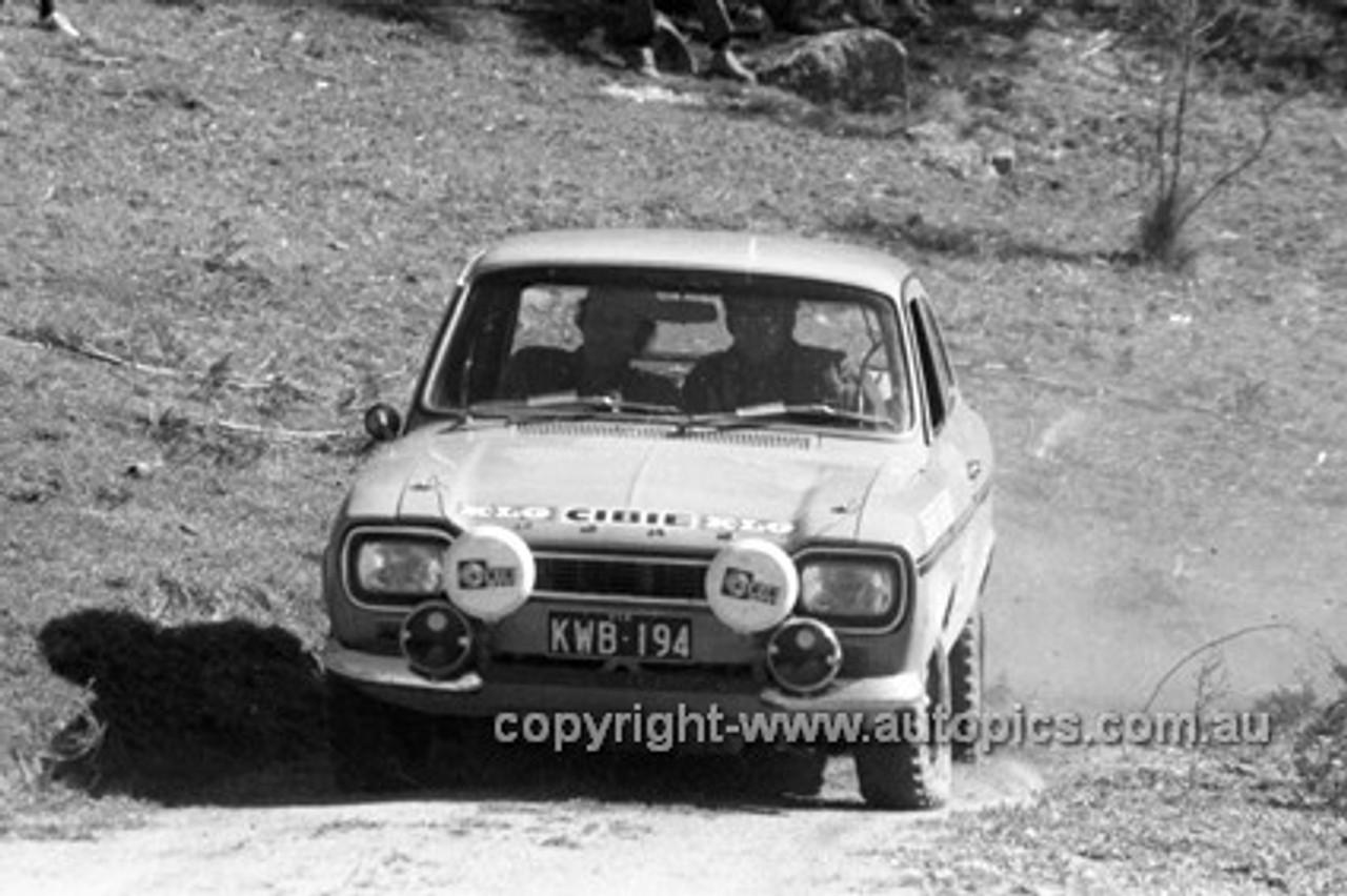 72918 - Ford Escort - KLG Rally 1972- Photographer Lance J Ruting