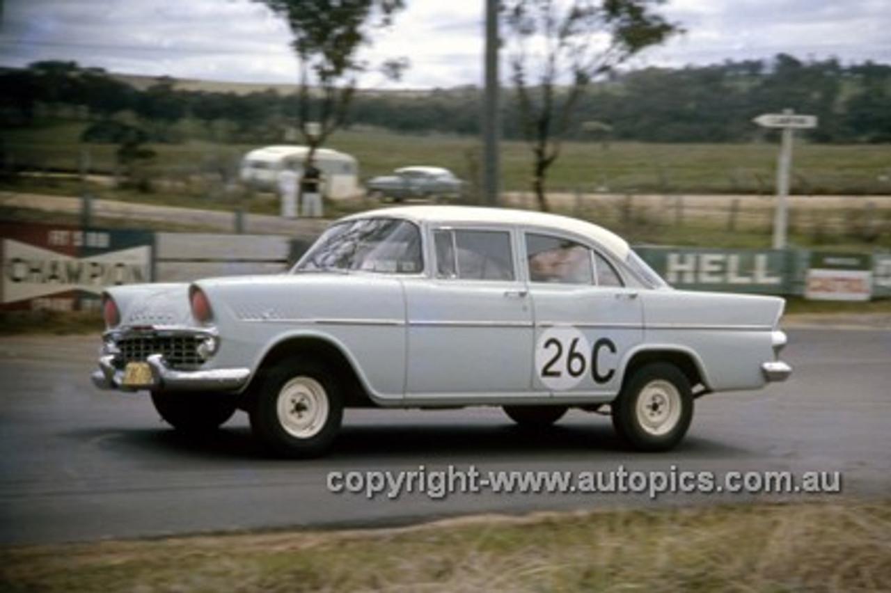 620005 - Ron & Bruce. Marshall, Holden EK - Bathurst Six Hour Classic - 30th September 1962 - Photographer Bruce Wells.