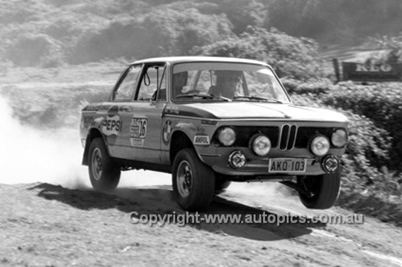 72922 - Paul Older, BMW - KLG Rally 1972 - Photographer Lance J Ruting