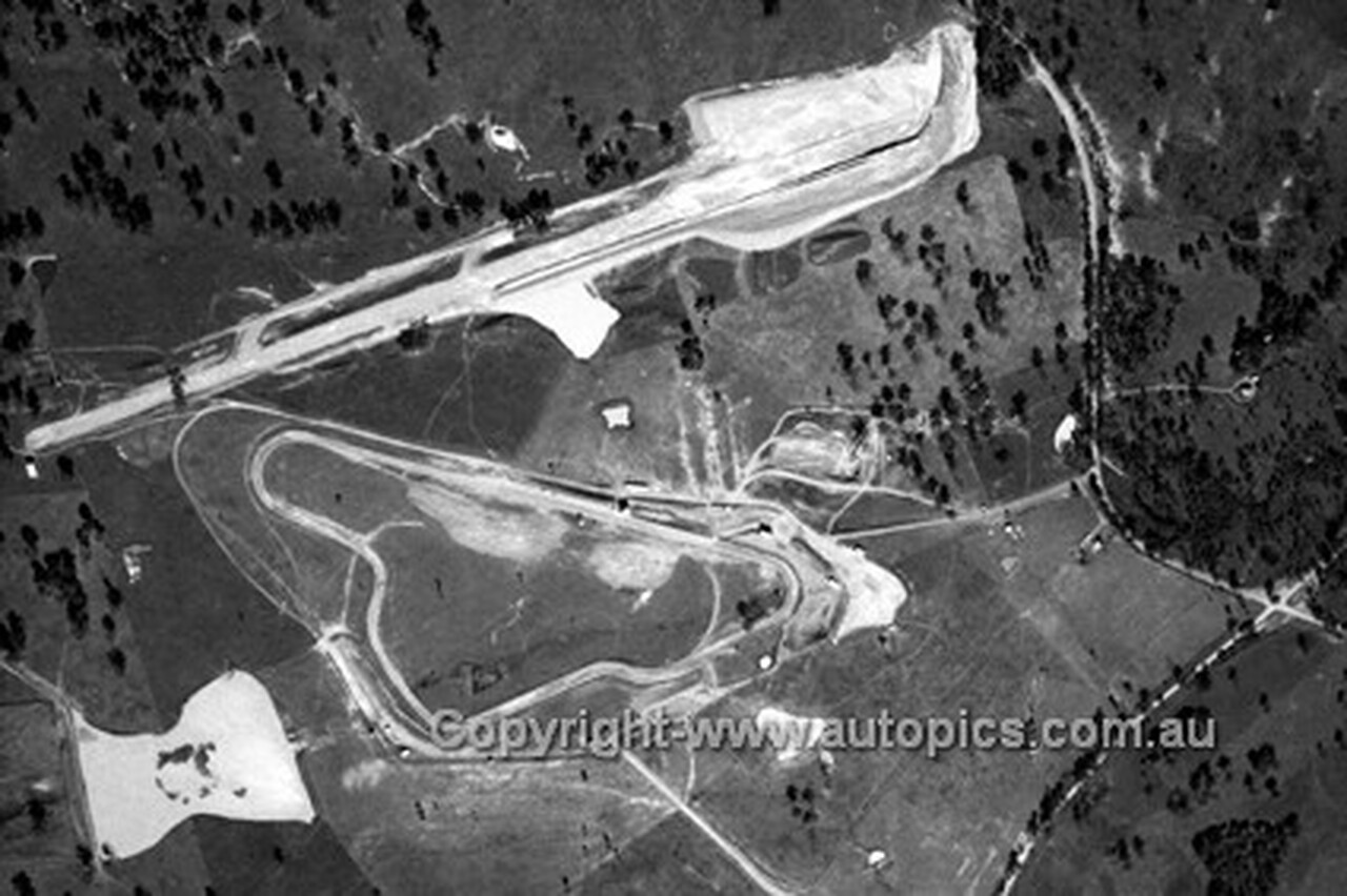 72927 - Aerial Shot of Oran Park 1972 - Photographer Lance J Ruting