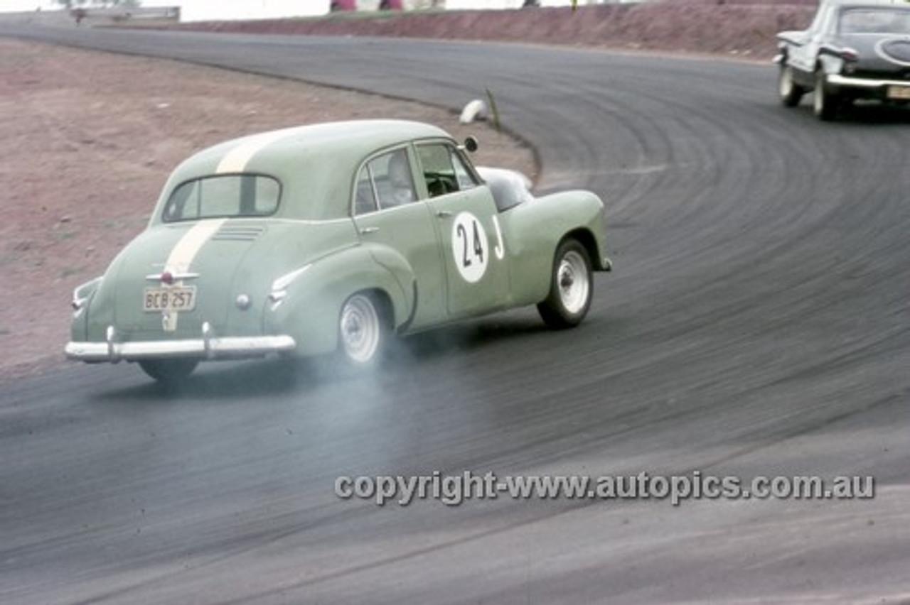 63030 - Graham Gregory, Holden FX, - Oran Park 1963 - Anne Blackwood Collection