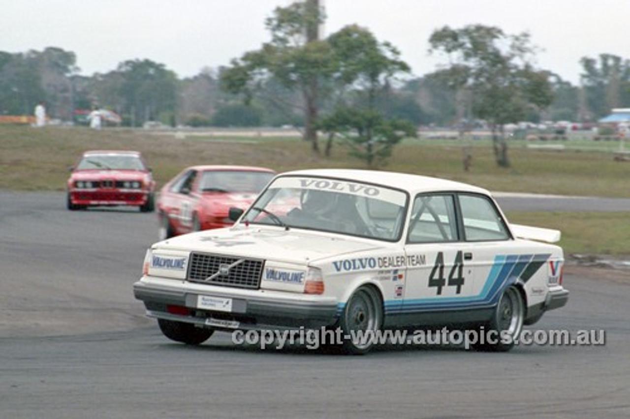 86059 - John Bowe, Volvo - Calder 1986 - Photographer Ray Simpson