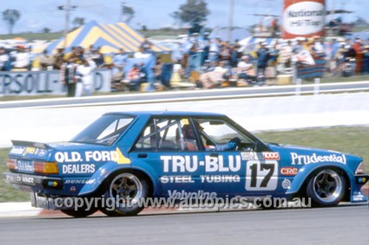 81840 -  Dick Johnson & John French, Falcon XD -  Bathurst Winner 1981
