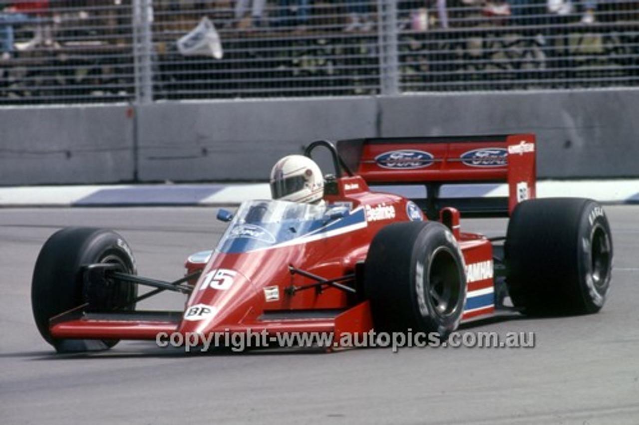 86523 - Alan Jones Beatrice - AGP Adelaide 1986 - Photographer Darren House