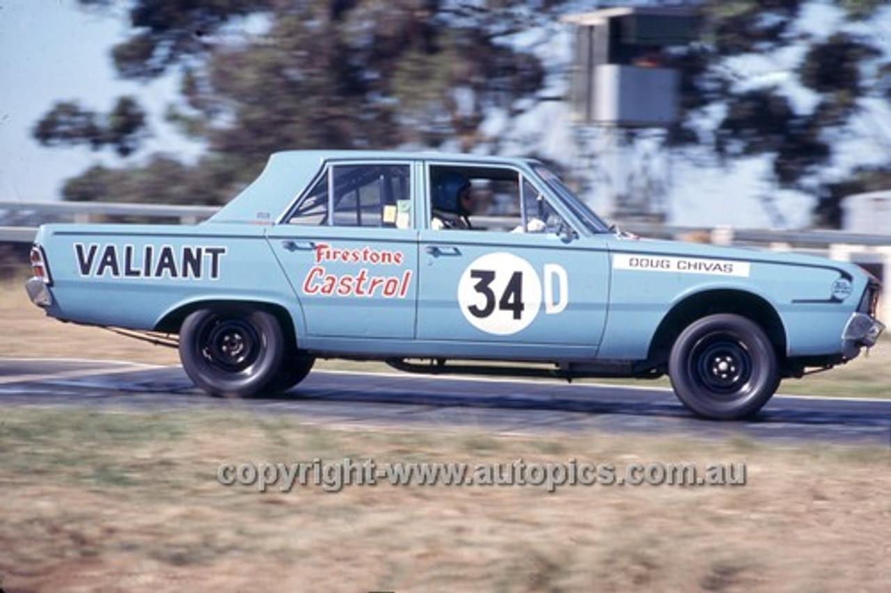 710010 - Doug Chivas, Valiant Pacer - Warwick Farm 1971