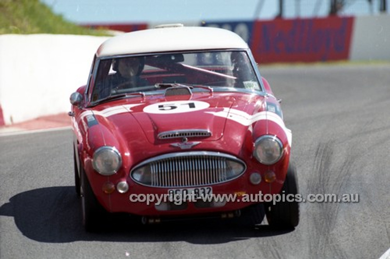 98222 - Roger Ealand, Austin Healey MK1 3000 - Donald Healey International Tribute - Bathurst 1998 - Photographer Marshall Cass