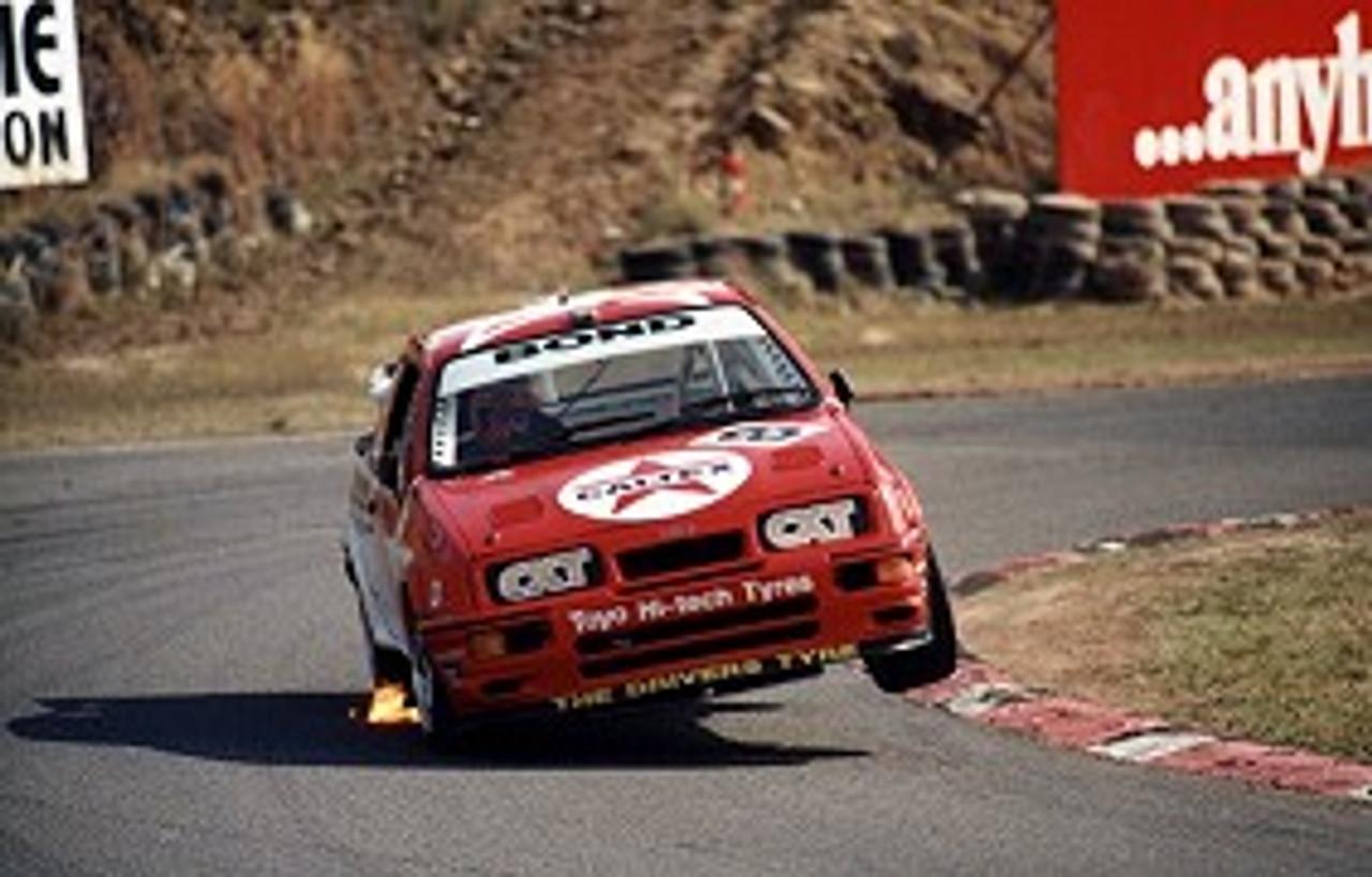 90001  -  Colin Bond  -  Ford Sierra  Amaroo Park  1990