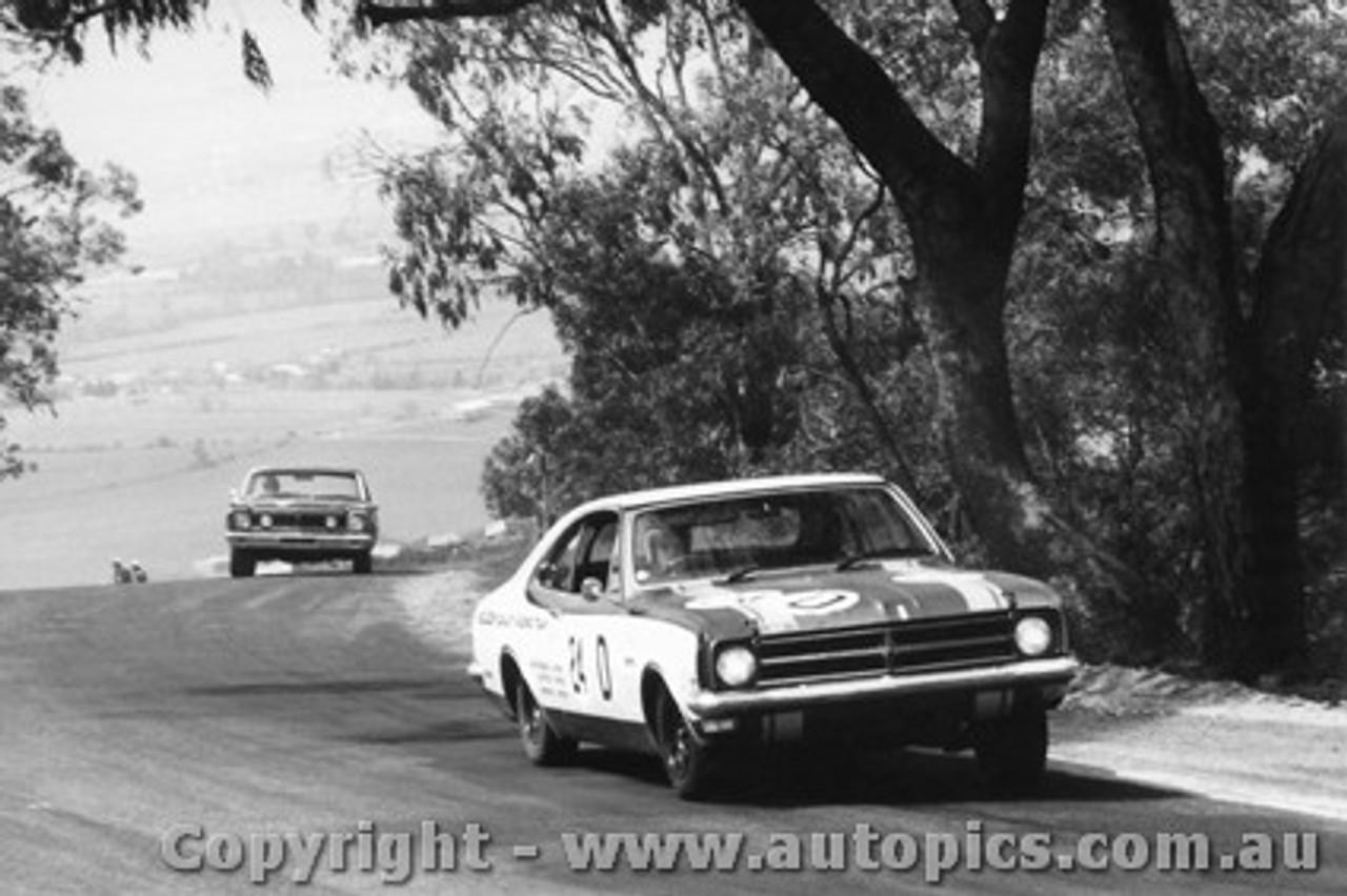 68702  -  JIM PALMER / PHIL WEST  -  Bathurst 1968 - 2nd Outright - Holden Monaro GTS 327