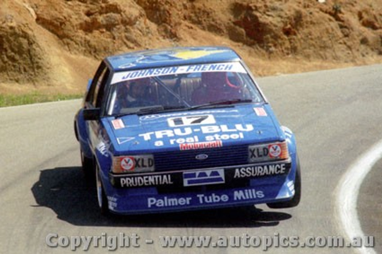 81703  -  Johnson / French    Bathurst 1981  1st Outright  Ford Falcon XD