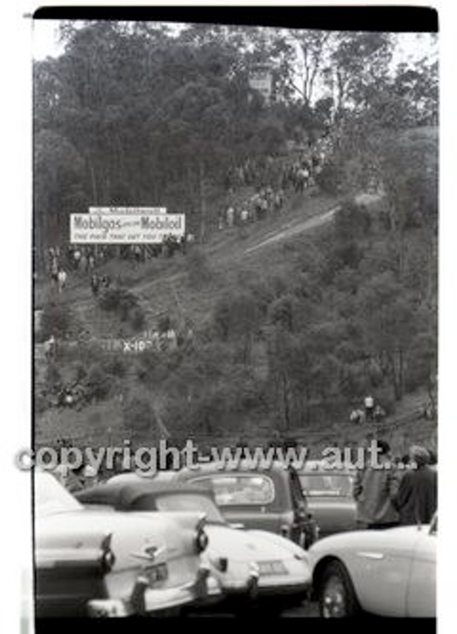 Rob Roy HillClimb 10th August 1958 - Photographer Peter D'Abbs - Code RR1658-103