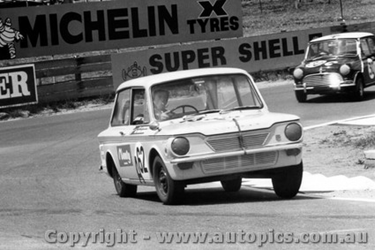 68713 -Withers / Mollison - Hillman Imp GT - Bathurst 1968
