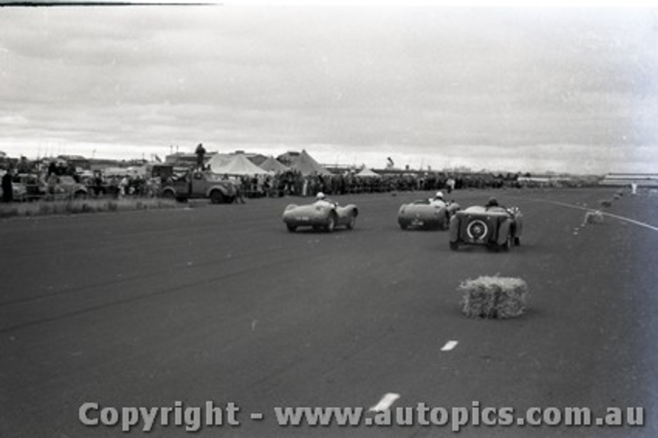 All of 1958 Fishermans Bend - Photographer Peter D'Abbs - Code FB1958-12