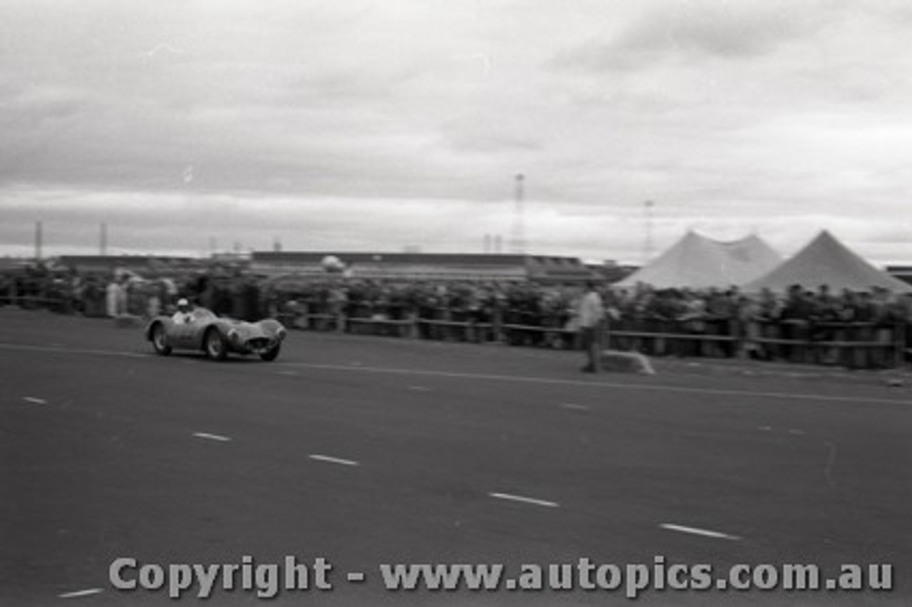 All of 1958 Fishermans Bend - Photographer Peter D'Abbs - Code FB1958-14