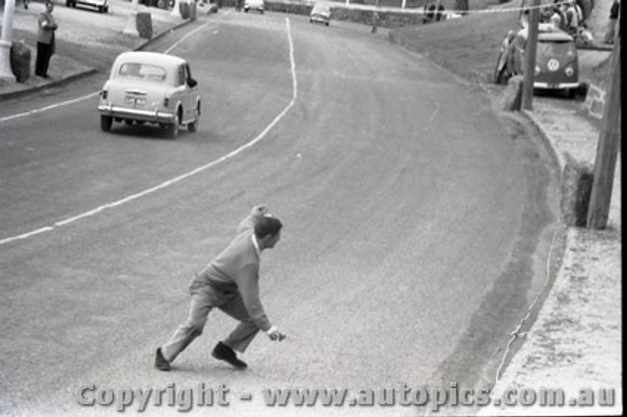 Geelong Sprints 24th August 1958 - Photographer Peter D'Abbs - Code G24858-1