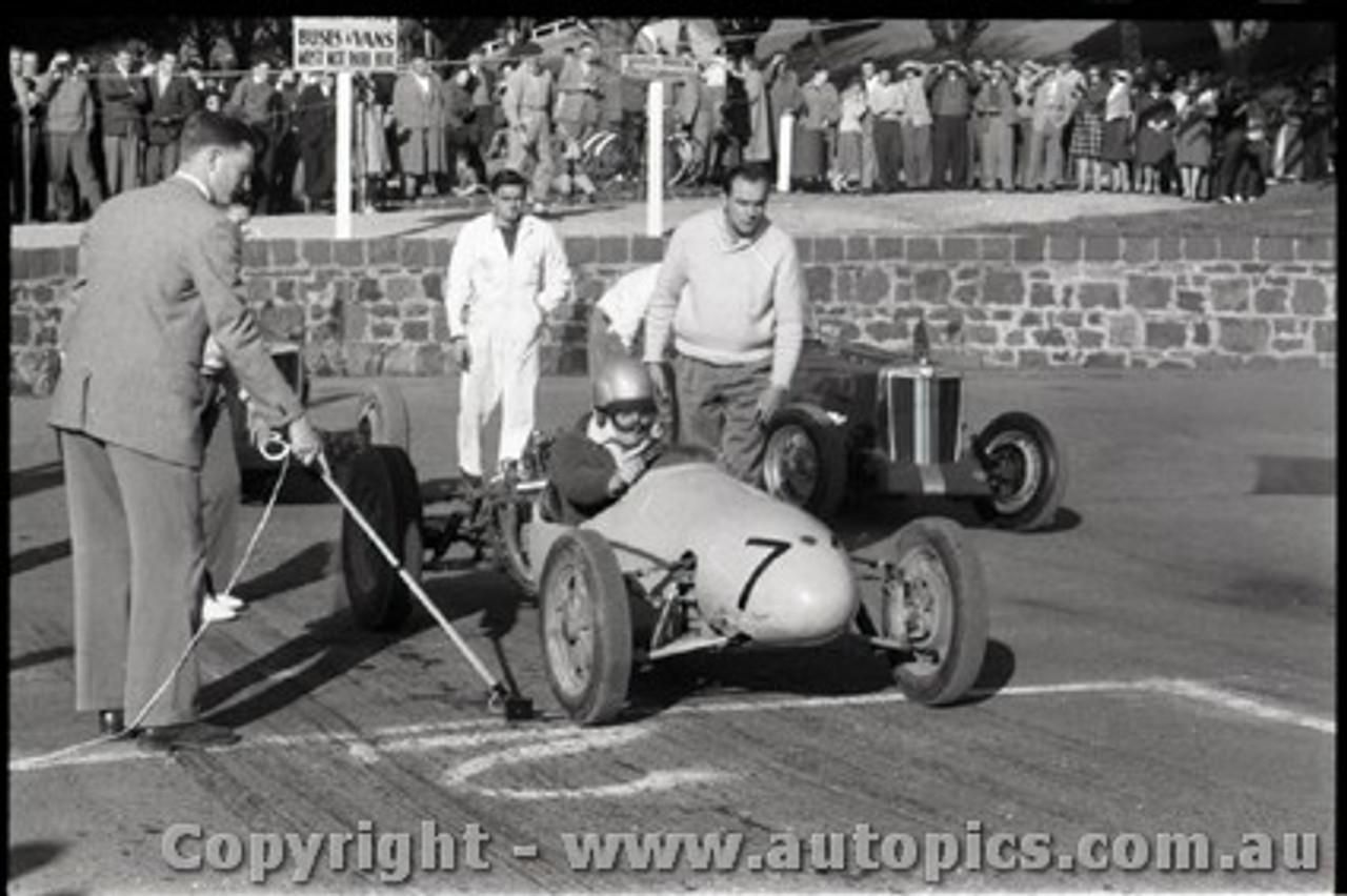 Geelong Sprints 23rd August 1959 -  Photographer Peter D'Abbs - Code G23859-15