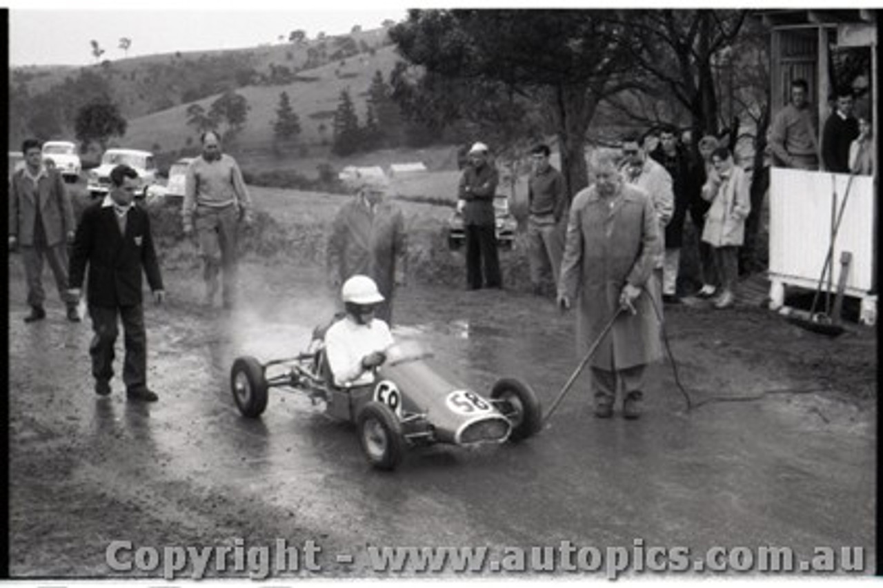 Geelong Sprints 23rd August 1959 -  Photographer Peter D'Abbs - Code G23859-25