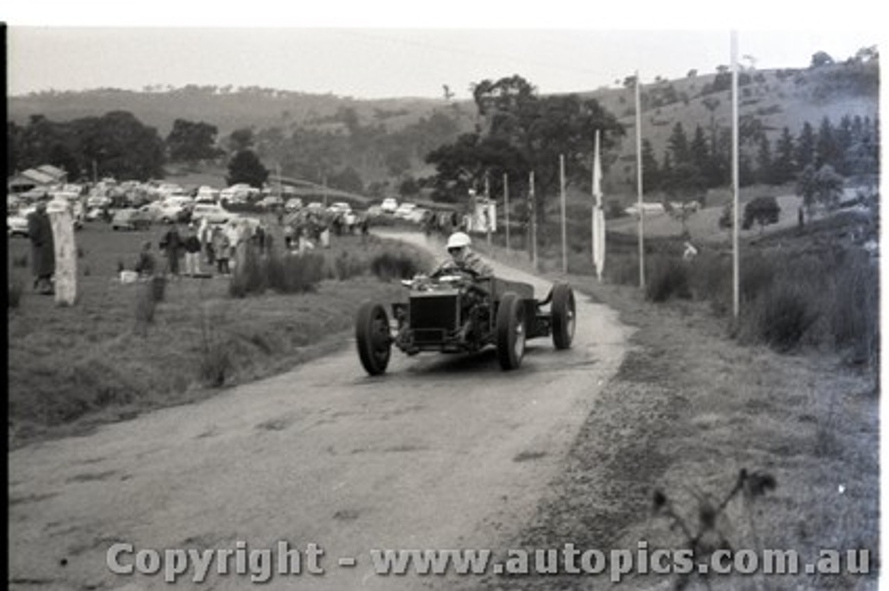 Geelong Sprints 23rd August 1959 -  Photographer Peter D'Abbs - Code G23859-35